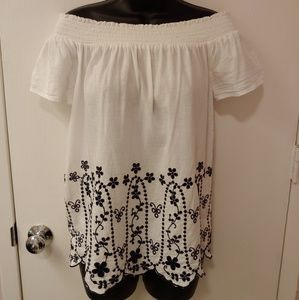 OLD NAVY white embroidered off the shoulder top